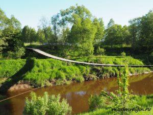 Подвесной мост в деревне Грибаново