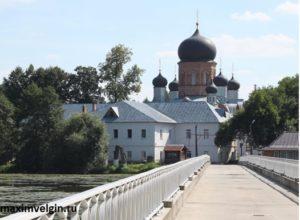 Свято-Введениский монастырь.