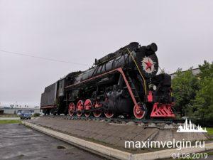 Памятник паровозу в Котласе