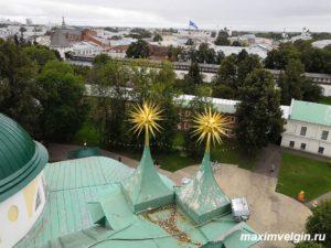 Смотровая площадка на звоннице Ярославского кремля.
