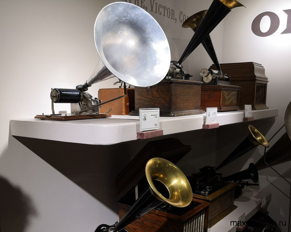 Фонограф в музее звуки времени
